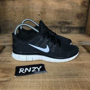 Nike Free 5.0 Black White Cushioned Athletic Shoes
